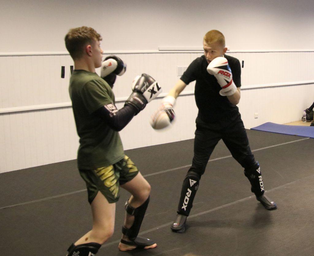 Glynn Harvey and Greg Sargent displaying their skills.