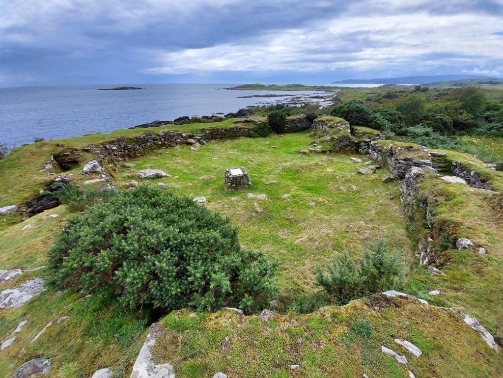 Kildonan Dun is a well preserved fortified farmstead on Kintyre's east coast.