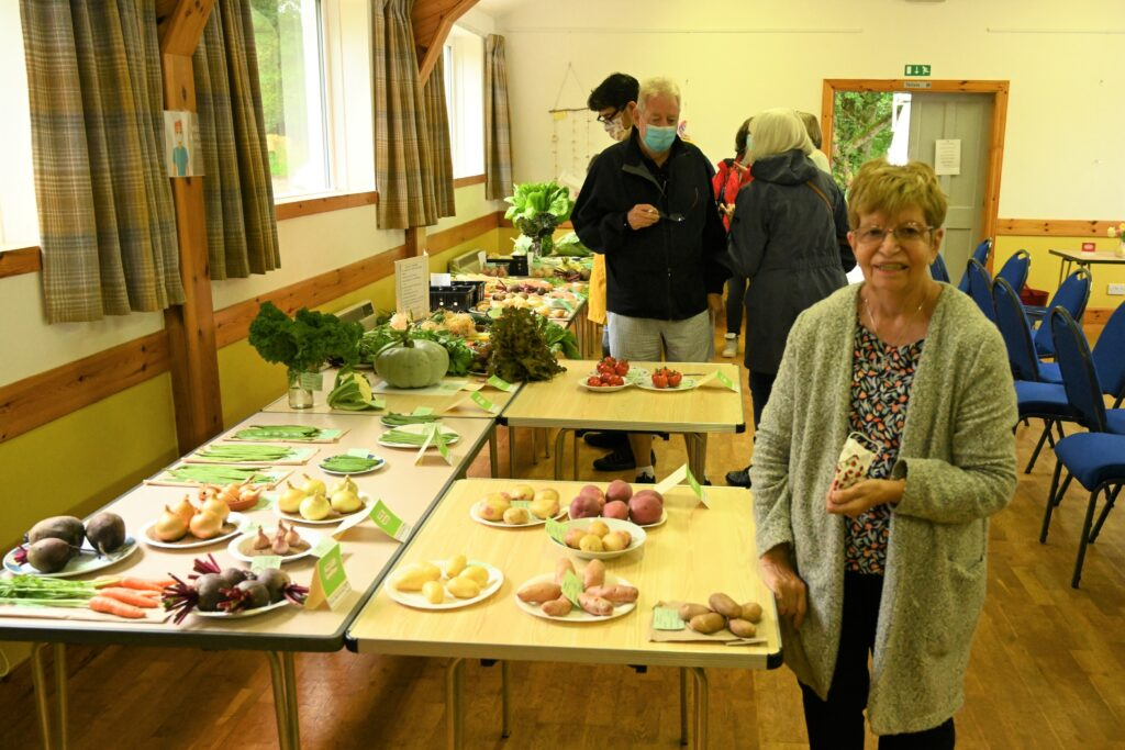 Councillor Anne Horn officially opened the event. Photograph: Terry Cawthorne.