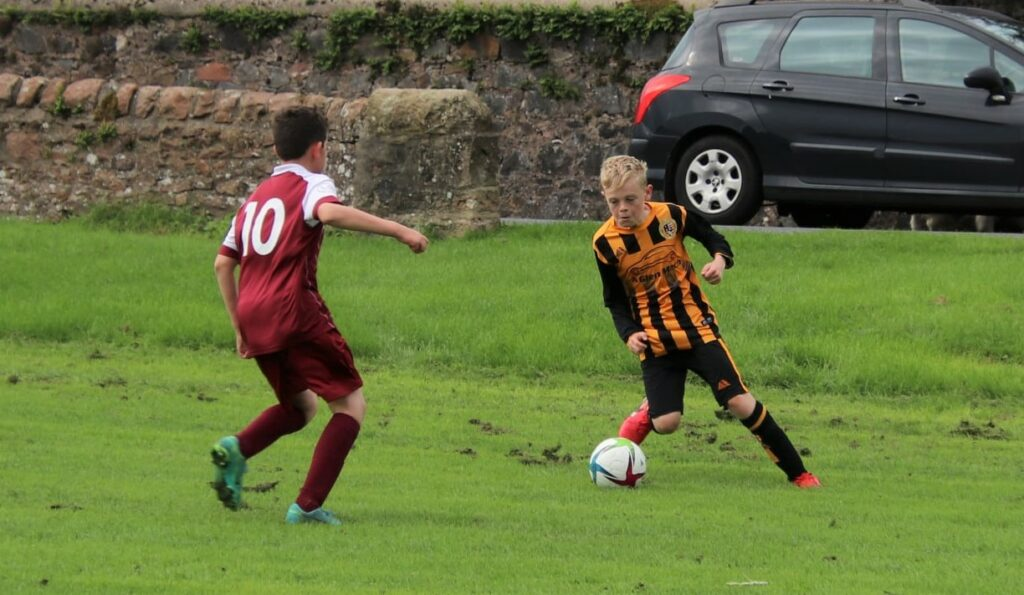 Pupils player Alan Myles in action on Sunday.