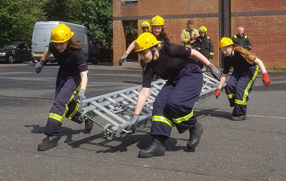Young firefighters fluid drill