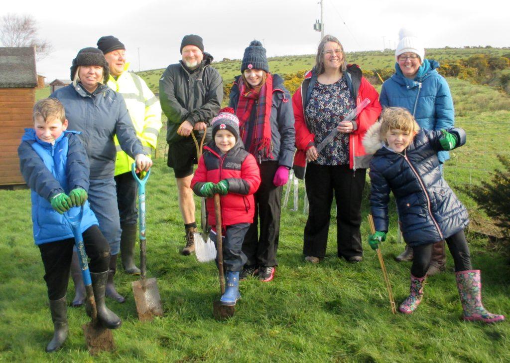 Glenbarr pupils plant free trees