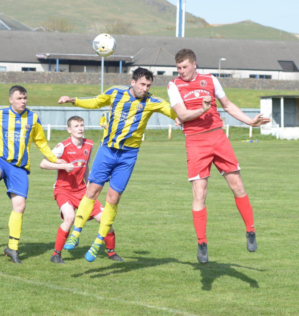 Pupils overcome Hillington in close-fought match
