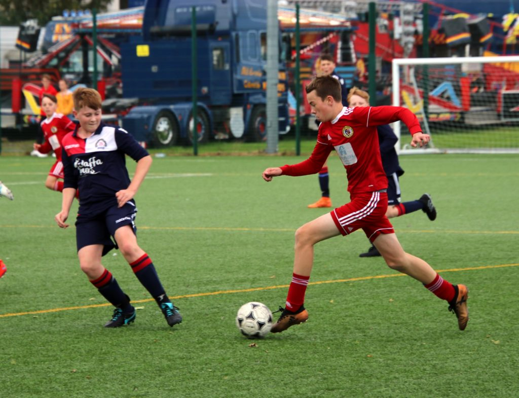 Young Pupils prevail despite Oban's early lead