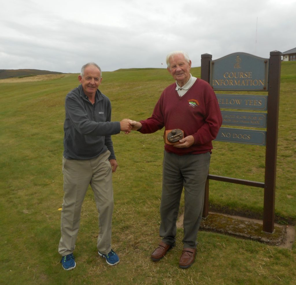 Ronald takes trophy in Heidbangers' overseas trip