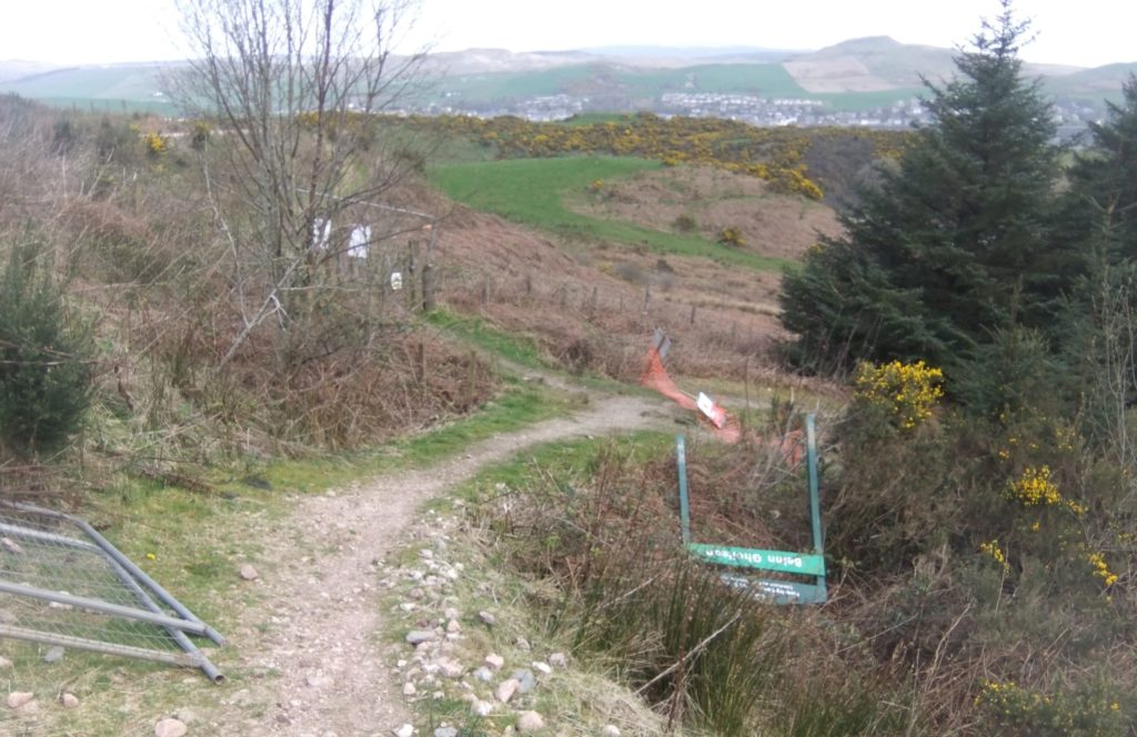 Safety signs and barriers have been vandalised and removed at the tree felling site at Beinn Ghuilean.