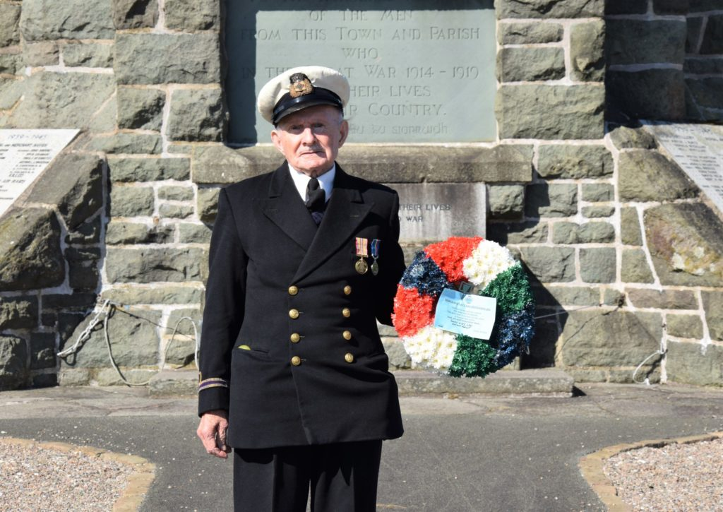 John Manning placed a wreath at the foot of Campbeltown War Memorial.