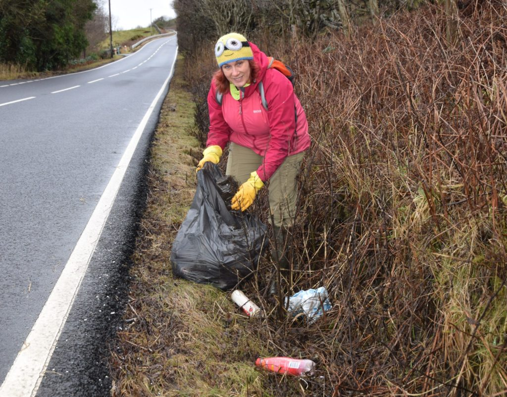 Lori Silvan is tacking the roadside litter problem by collecting rubbish while on her daily walk.