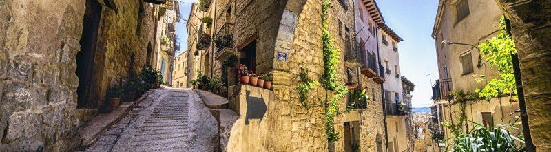 Montserrat, Roman Tarragona & Guadi's Reus