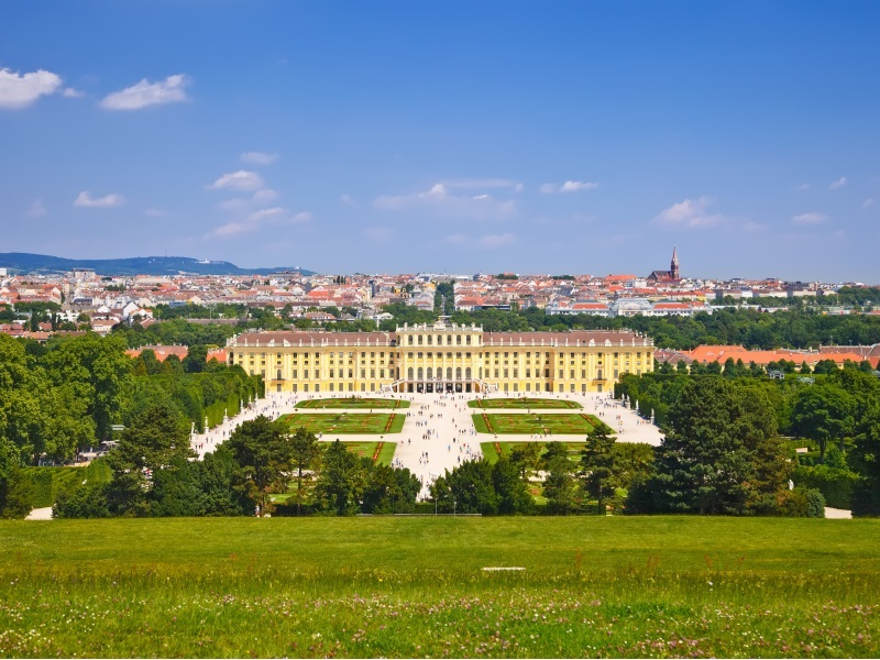 things to do in vienna - Schobrunn Palace