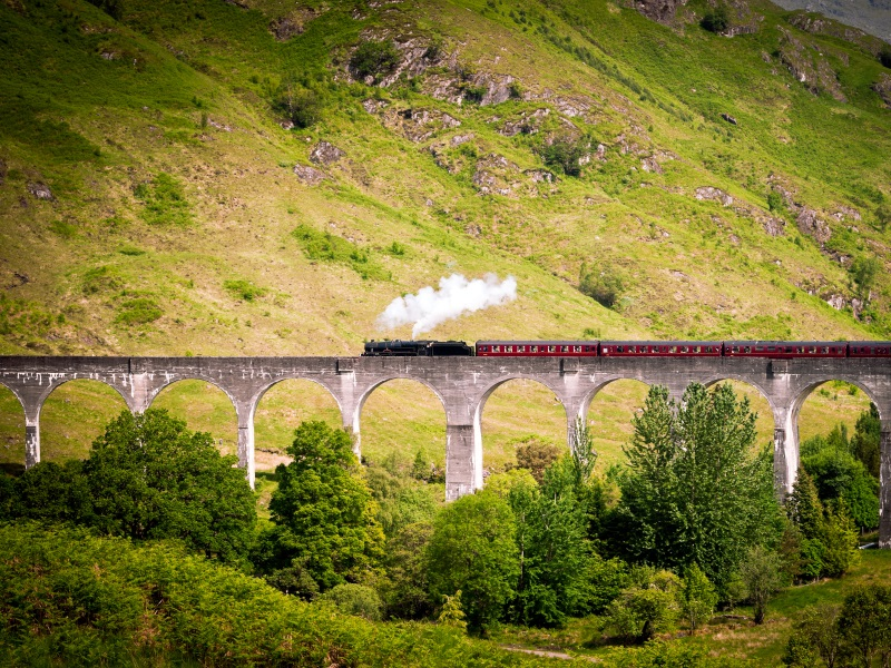 Classic Scottish Steam Break - Glenfinnan Viaduct