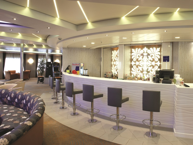 magellan cruise ship images -Captain's Lounge