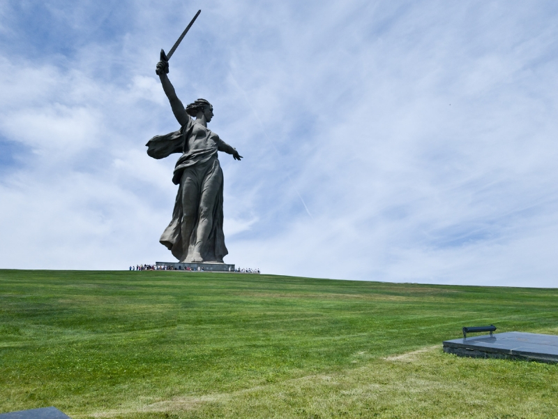 Iconic Statues - The Motherland Calls