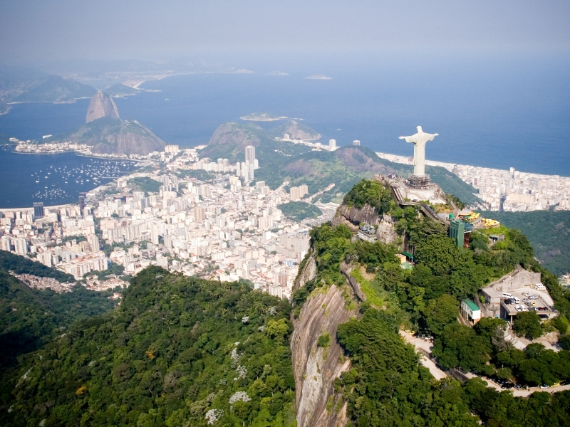 Iconic Statues - Christ the Redeemer