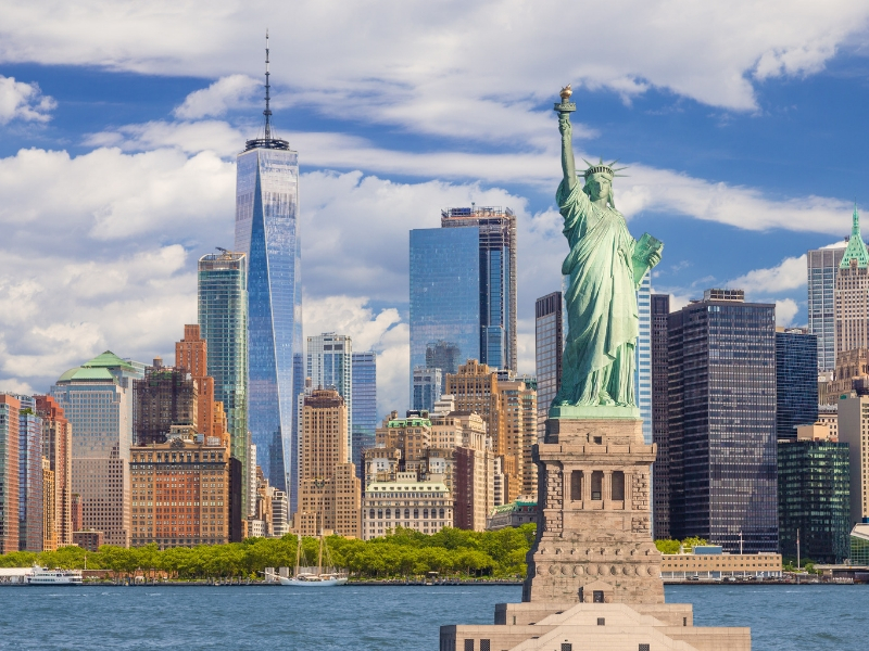 Iconic Statues - Statue of Liberty
