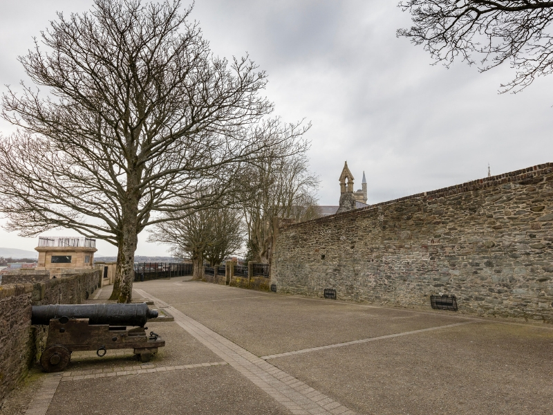 Derry - City Walls