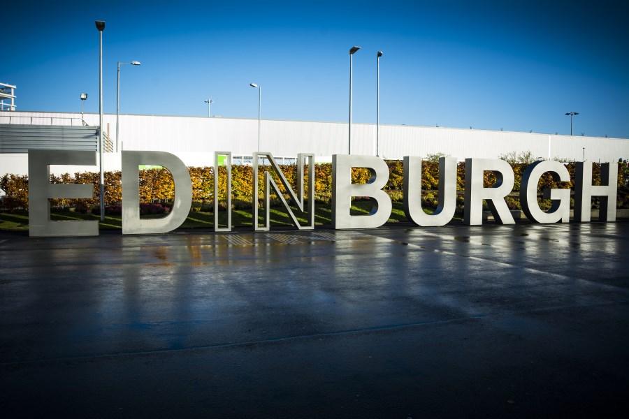 Edinburgh airport Dundee bus route