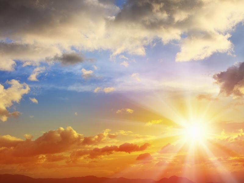 Avoid focussing on the sun