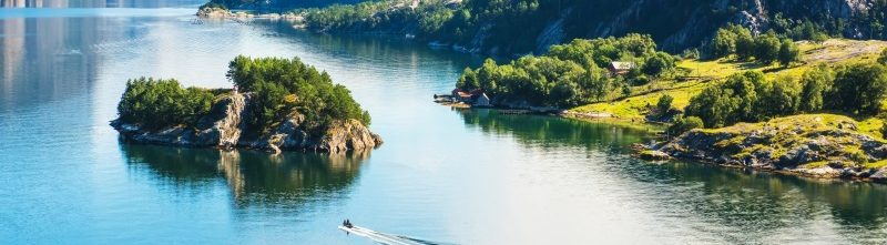 Fjords & Glaciers Cruise