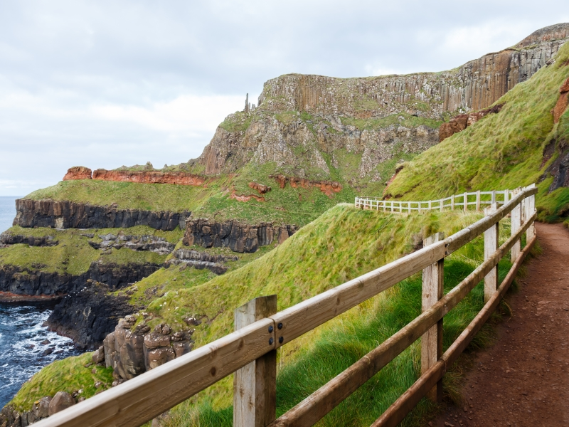 Giants causeway path