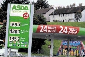 UK supermarkets announce fuel price cut