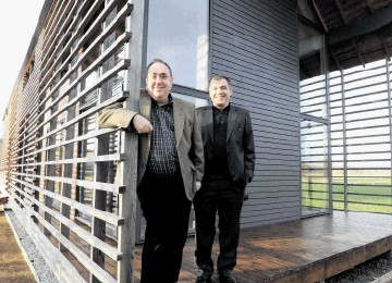 Alex Salmond and Professor Gokay Deveci make themselves at home