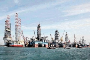 Singapore yards in trading halt, possibly merging offshore marine businesses