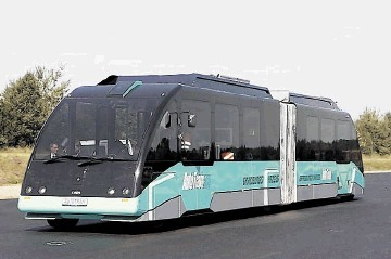 A novel battery and capacitor-powered bendi-tram or bus is being developed  in Germany