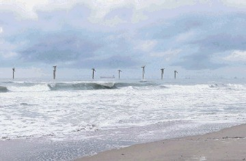TURBINES PLAN: An artist's impression  –  submitted by the developer  –   of the planned Vattenfall windfarm off Aberdeen