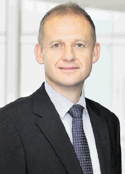 Andrew Deane, Ernst & Young