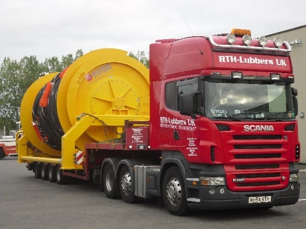 West of Scotland Heavy Haulage Limited go into adminstration.