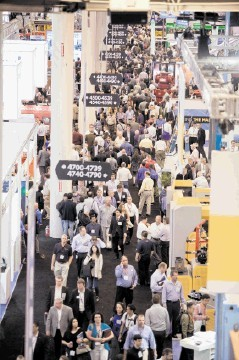 SUPER-CONVENTION: Crowded aisles at OTC