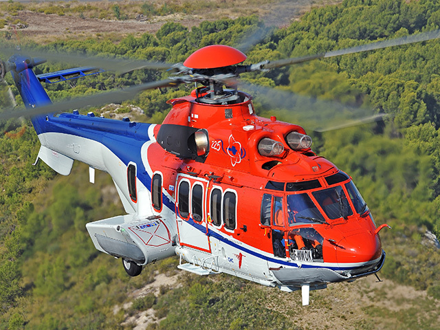 A Super Puma H225