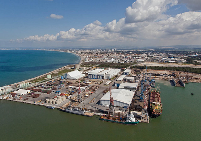 Two Israeli offshore natural gas fields have been given the go-ahead.