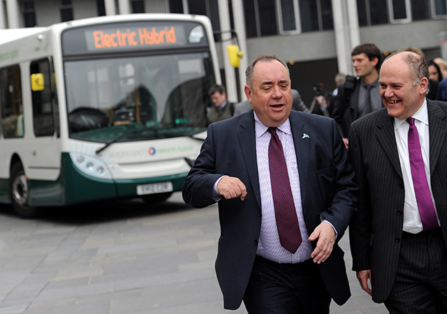 Barney Crockett (r) with Alex Salmond at the launch of the hydrogen bus project in 2012.