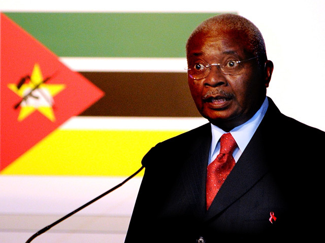 HE Armando Emilio Guebuza, President of The Republic of Mozambique, addresses the conference in Aberdeen