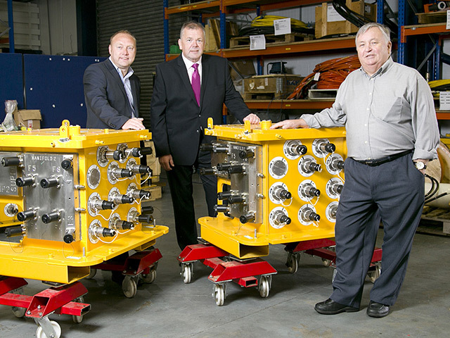 Graham Hacon, 3sun Group regional director Neil Tawse, and Ray Connelly