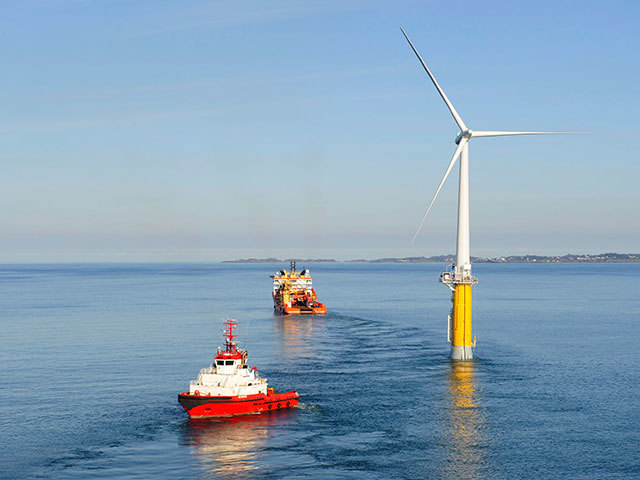 A Hywind turbine being towed to location. Photo by Equinor.