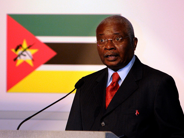 Mozambique president Armando Emilio Guebuza speaks at a conference in Aberdeen in 2013