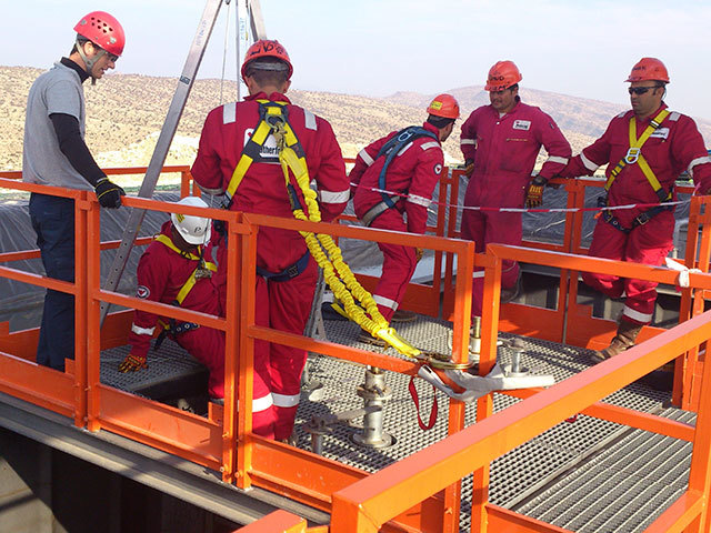 Altor Risk Group's rope slinging course
