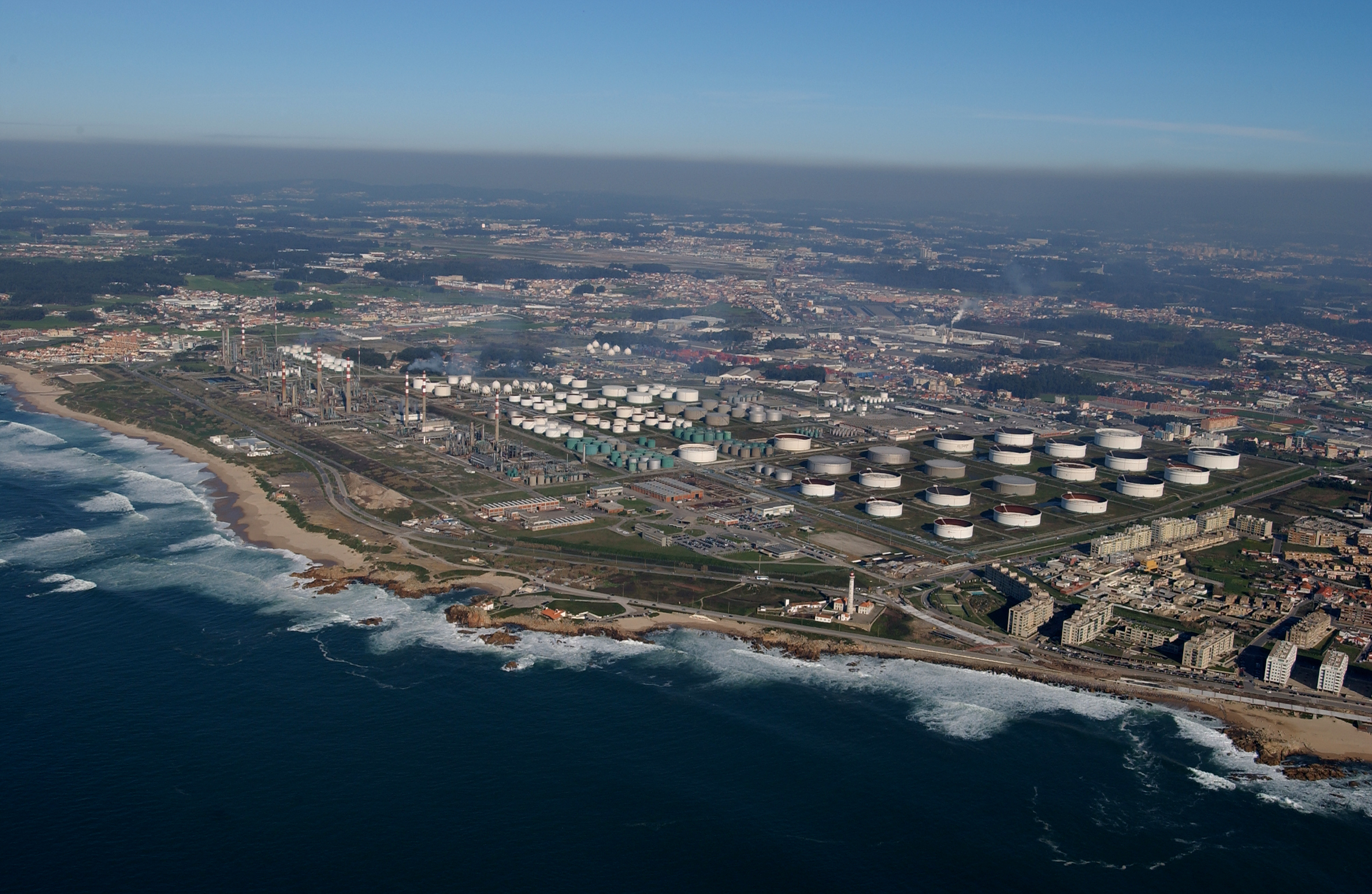 An aerial view of the Matoshinhos refinery run by Galp Energia. Pic: Galp Energia
