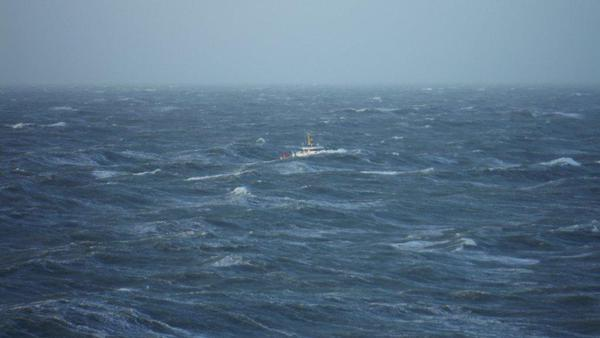 Total captured impressive waves in the North Sea