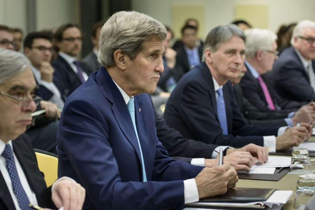 US Secretary of State John Kerry and UK foreign secretary Philip Hammond