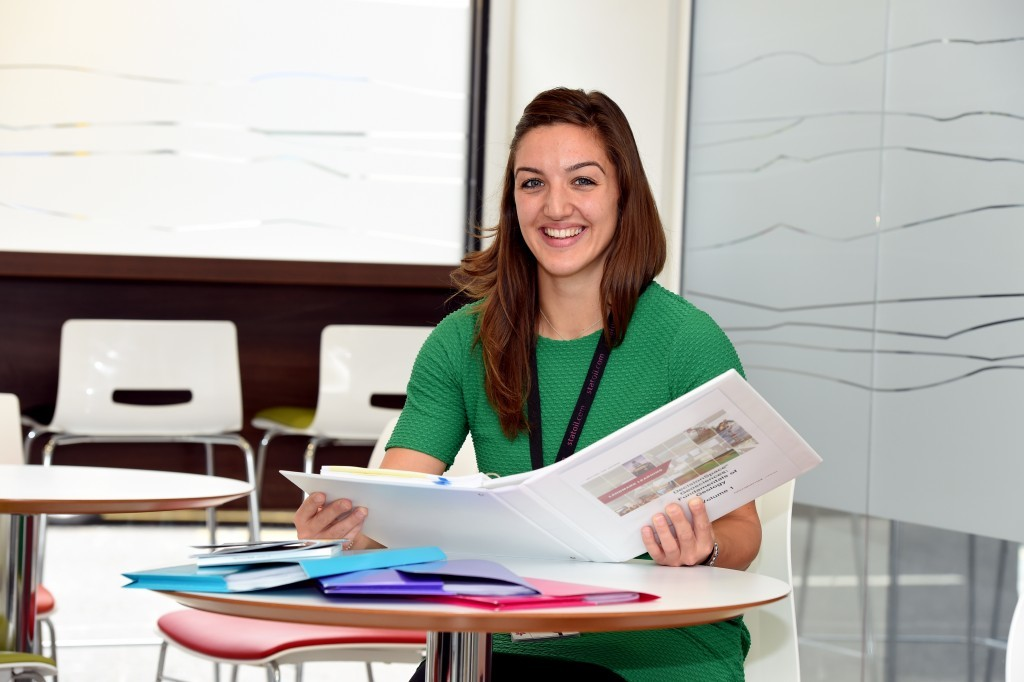 Statoil graduate geologist, Rebecca Wain joins panel