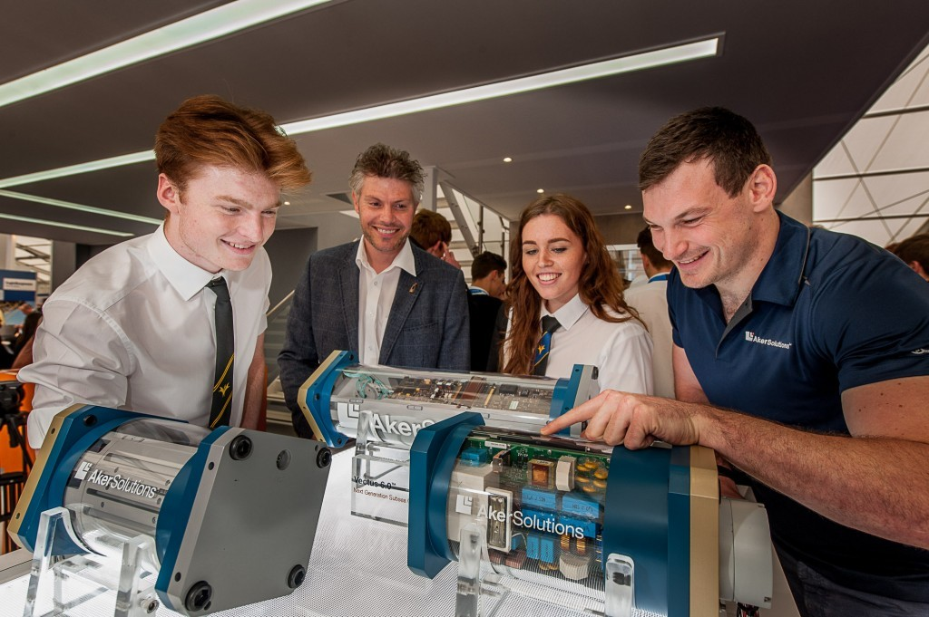 Initiatives such as the SPE Aberdeen schools engagement programme, which ran during Offshore Europe 2015, are funded by events including the Offshore Achievement Awards.