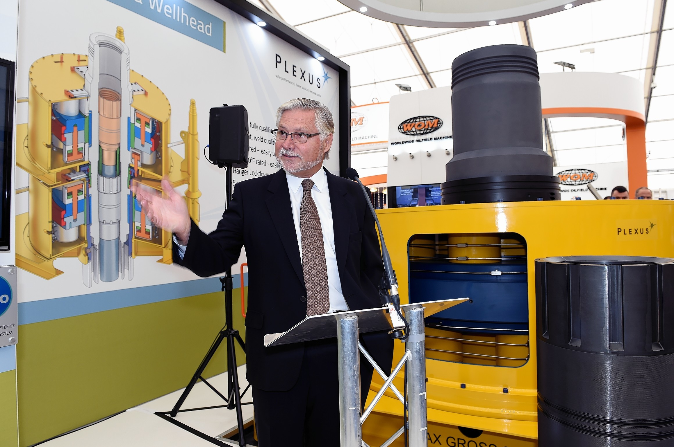 "Plexus CEO Ben van Bilderbeek launches the ""Python"" subsea wellhead at Offshore Europe 2015."