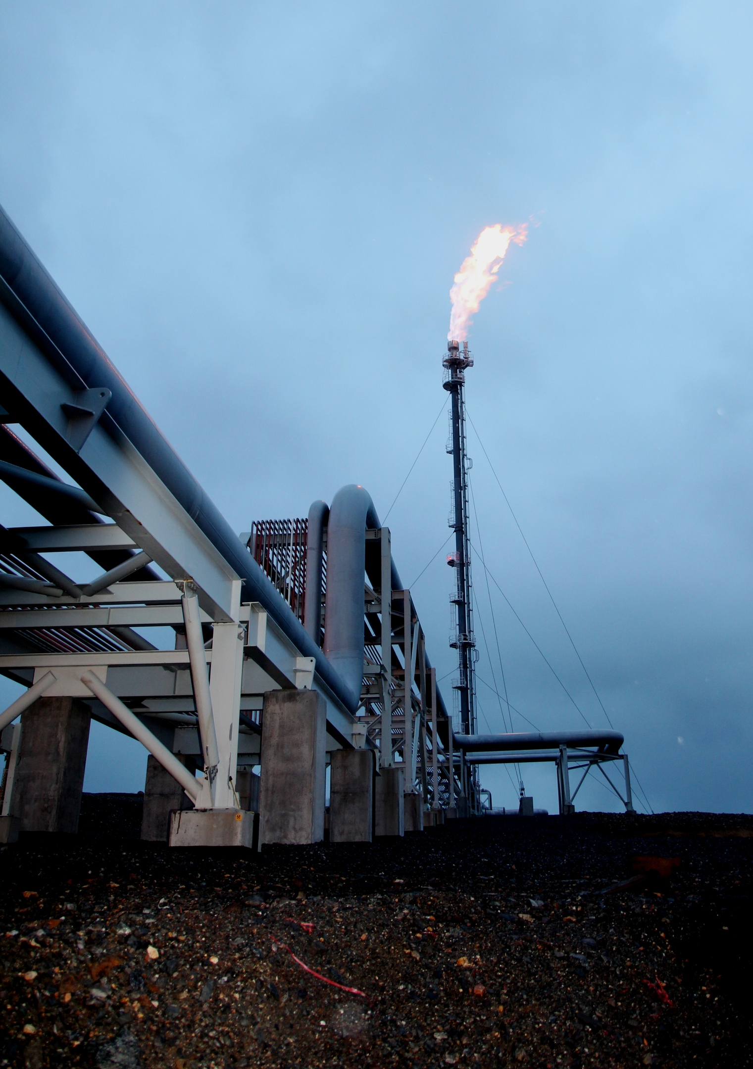 An oil rig flaring; Decarbonising oil and gas is one of the challenges to be addressed by the TechX Ventures initiative.