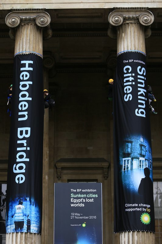 Greenpeace protesters scale British Museum