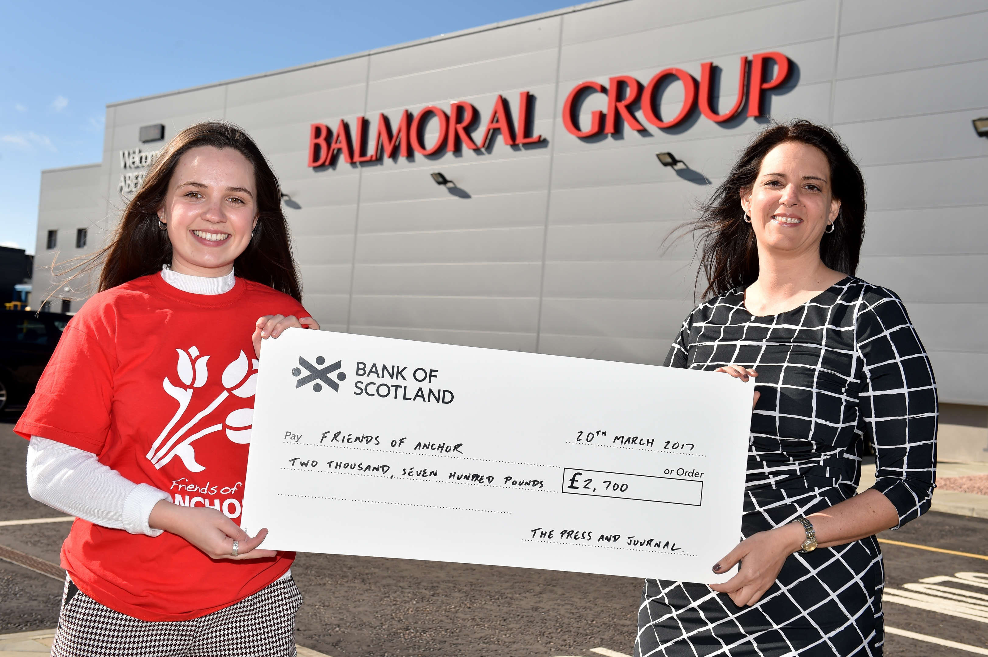 Cheque presentation of £2700 that was raised at last year's inaugural Energy Cup Gala Dinner auction, at Trump International.  Stacy Edghill, Events Sales Manager handing over the cheque to Ursula Fairlie, PR & Fundraising Executive, Friends of ANCHOR,
