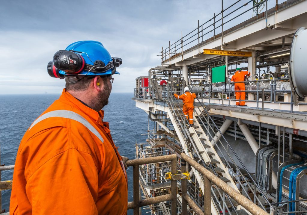 THE REPSOL SINOPEC CLYDE PLATFORM IN THE NORTH SEA. IMAGES OF THE NEW MODULE RELATING TO THE FLYNDRE SUBSEA TIE BACK.